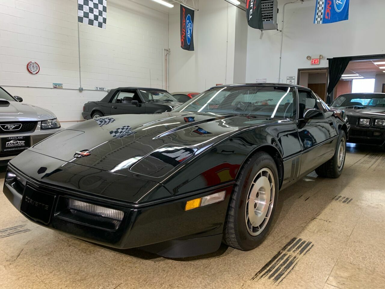 1986 Black Chevrolet Corvette   | C4 Corvette Photo 6