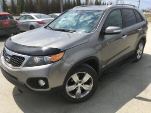 2013 Kia Sorento EX V6 AWD Winter tires & remore starter include