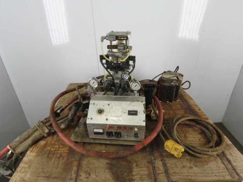 Gusmer FF-1600 220V 2 Part Material Proportioning Unit W/ Hoses & Applicator Gun