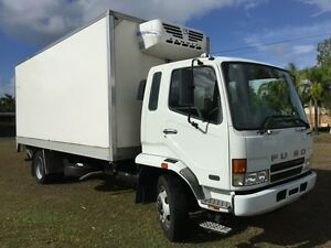 Fuso Fridge freezer pantech  12ton tailgate lift food removals Yatala Gold Coast North Preview