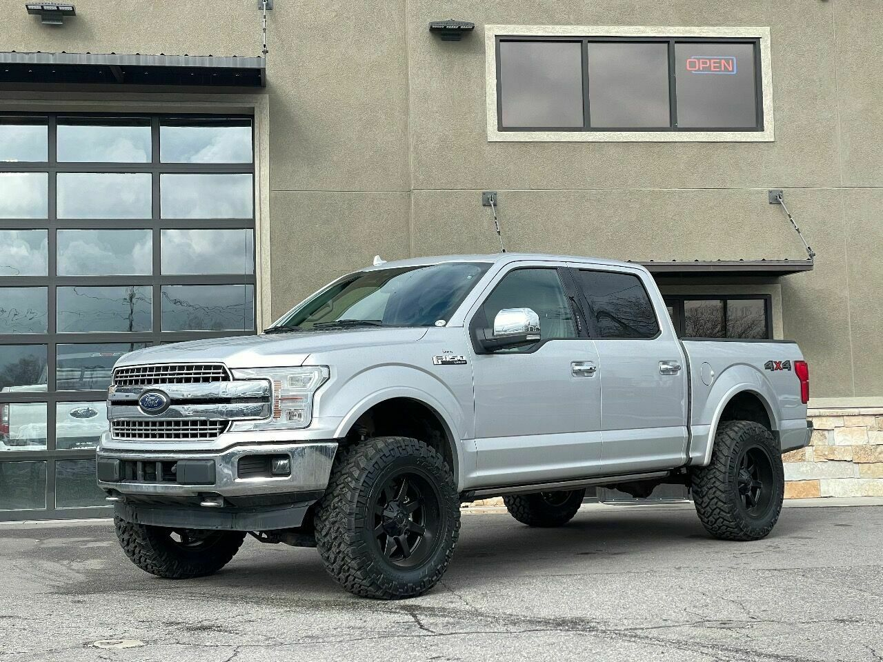 2018 Ford F-150,  with 32013 Miles available now!