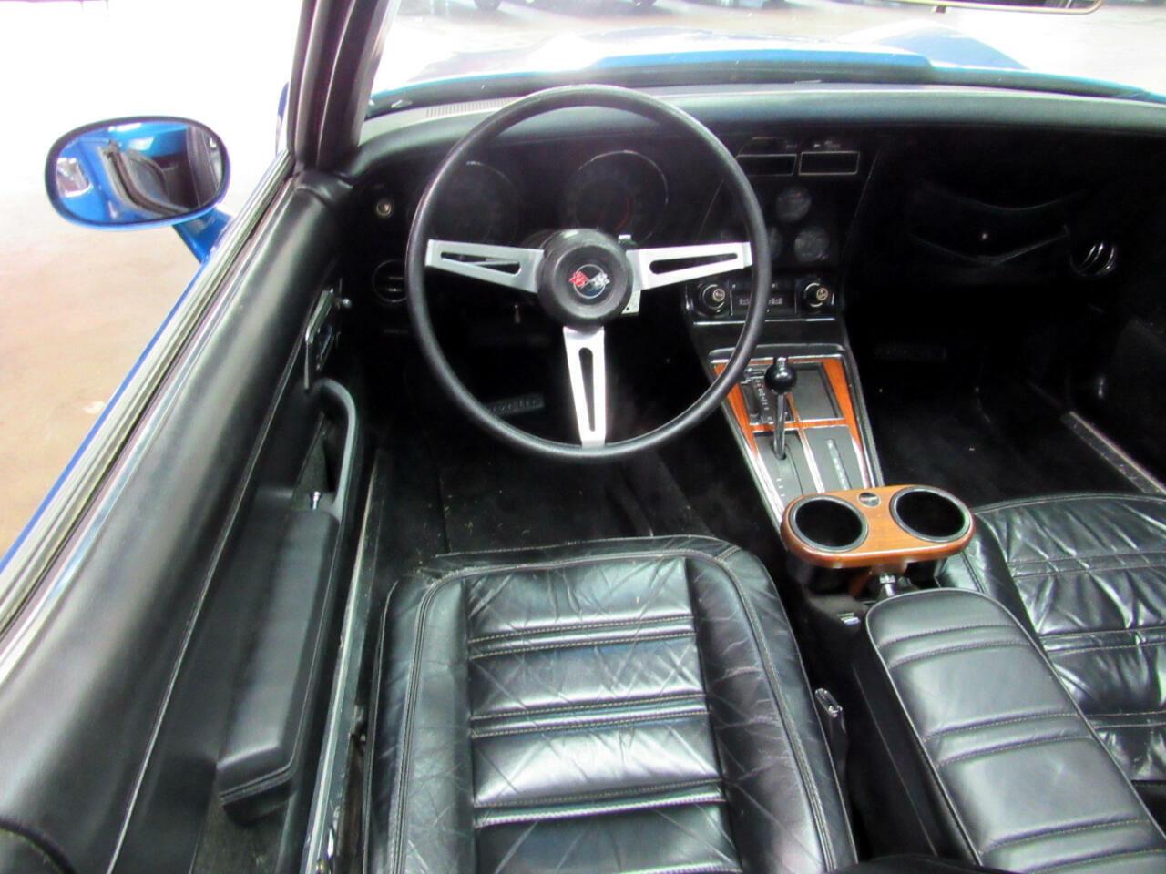 1974 Blue Chevrolet Corvette Convertible  | C3 Corvette Photo 10