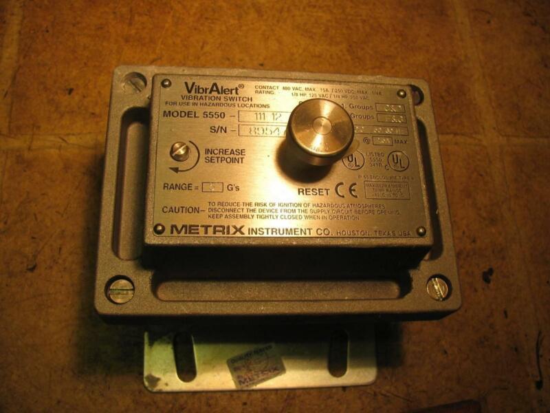 Metrix Instrument Co Model 5550-111-12 Vibralert Vibration Switch