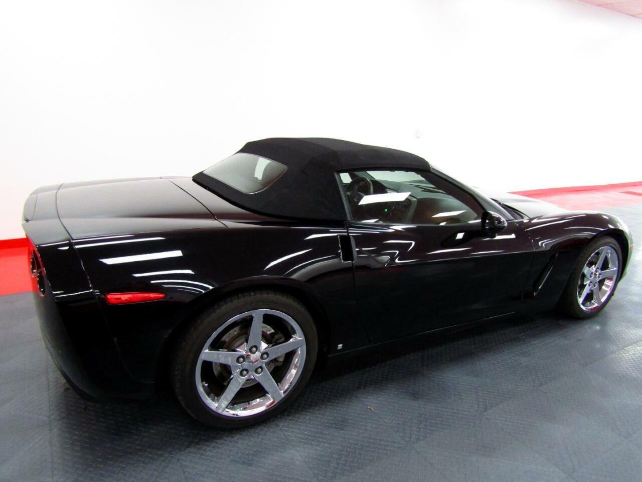 2007 Black Chevrolet Corvette Convertible    C6 Corvette Photo 2