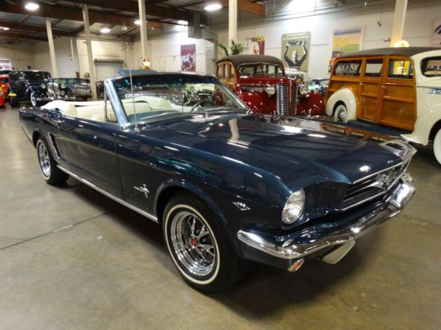 Image 1 of Ford: Mustang Blue 5F08D129192