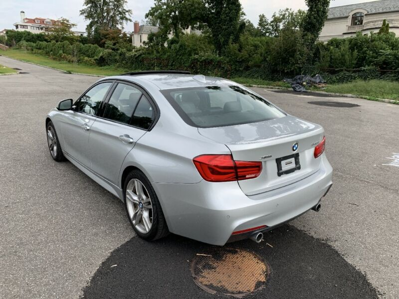 Image 8 Voiture Européenne d'occasion BMW 3-Series 2016