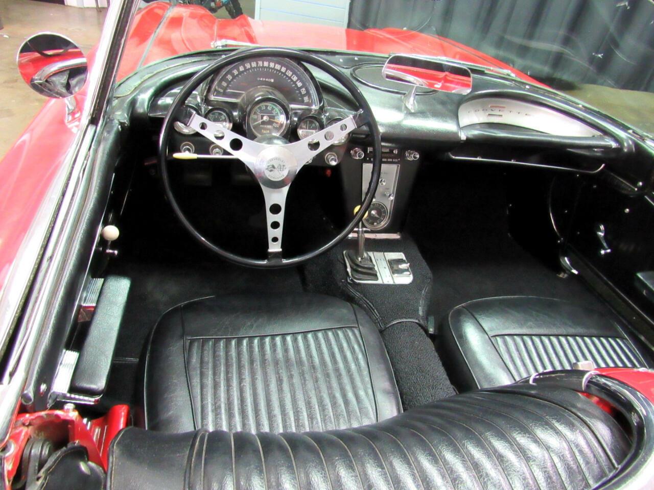 1962 Red Chevrolet Corvette Convertible    C1 Corvette Photo 9