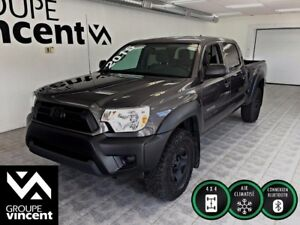 2015 Toyota Tacoma 4X4,**ENSEMBLE DECOR BLACK**