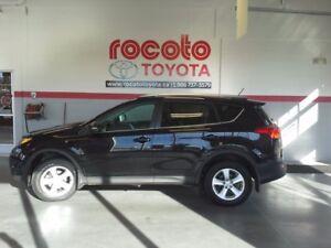 2014 Toyota RAV4 * XLE * TOIT OUVRANT * BANC CHAUFFANT *