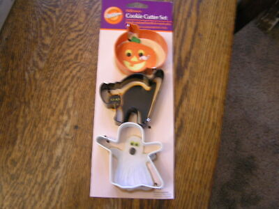 2008 Wilton HALLOWEEN Metal Cookie Cutters~Black Cat~White Ghost~Orange Jack-O