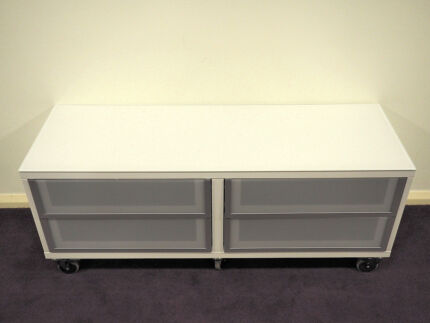 IKEA BESTA TV STAND CABINET UNIT GLASS TOP & DRAWERS ON CASTORS St Leonards Willoughby Area Preview