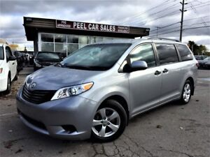 2017 Toyota Sienna LE|59K|SILVER ON GREY|