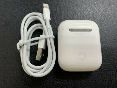 Apple AirPods with Charging Case White MMEF2AM/A 1st Gen