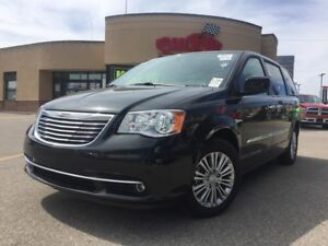 2016 Chrysler Town & Country TOURING DUAL DVD PWR ROOF, LEATHER