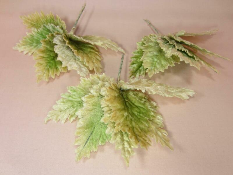 *Vintage Embossed Velvet Large Leaves Millinery, Corsage 3 Bunches of 6 Japan