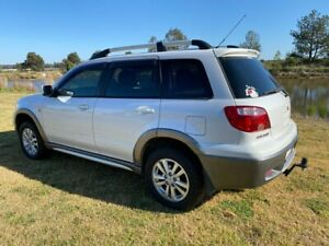 2004 Mitsubishi Outlander ZE XLS White 4 Speed Auto Sports Mode Wagon Applethorpe Southern Downs Preview