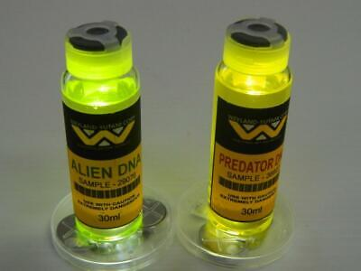 Weyland Yutani Alien Predator DNA  Halloween Prop Cosplay Real Medical Vials