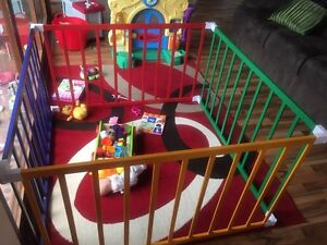 Playpen for sale Kingsley Joondalup Area Preview