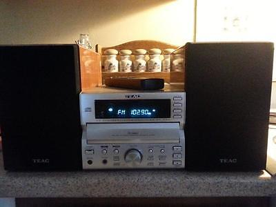 TEAC STEREO SYSTEM 3-DISC CD CHANGER TUNER AMPLIFIER #MC-D90 W/SPEAKERS + REMOTE