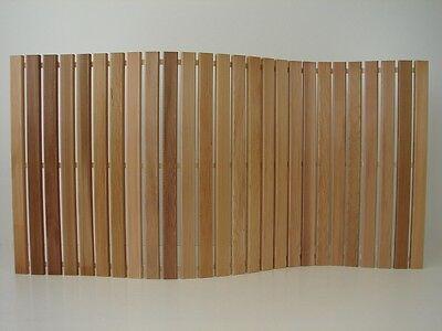 Wellnessmatte Zedernholz Holzmatte 120 x 60cm Badvorleger Saunamatte Badematte