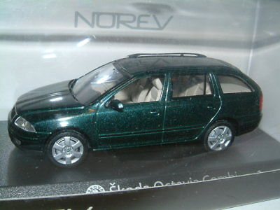 1/43 SKODA OCTAVIA COMBI ESTATE IN METALLIC GREEN. NOREV