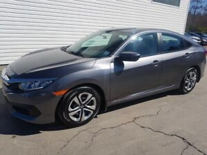 2016 Honda Civic LX Heated Seats \ Back-up Camera \ Honda Certif