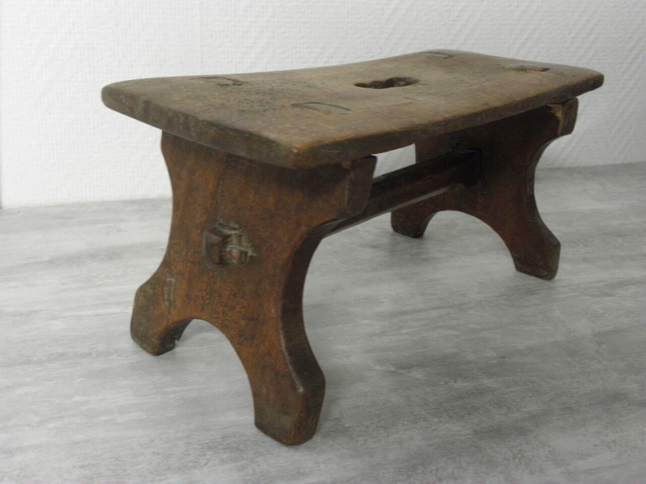 Superb img of primitive Stool wood Stool antique has to milk cow campaign country  with #5F4832 color and 1280x960 pixels