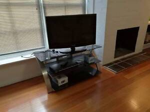 TV unit & TV Burwood Whitehorse Area Preview