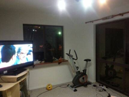 Room for rent in Como (5 Kms from Perth CBD) Como South Perth Area Preview