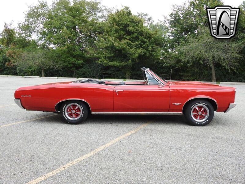 Image 6 Voiture Américaine de collection Pontiac GTO 1966