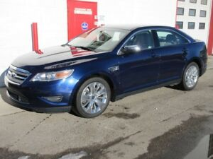 2011 Ford Taurus LIMITED AWD ~ 129,000km ~ Leather ~ $9,999