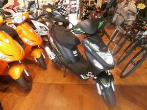 2016 50cc Scooter Moped with FREE Helmet, Lock, Fuel & Gloves Subiaco Subiaco Area Preview