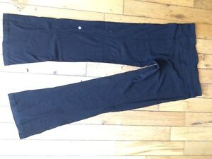 Black lulu lemon yoga pants $25 OBO size 10