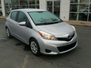 2014 Toyota Yaris LE Auto Air. New tires. Winters included.