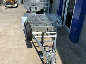 Scissor Lift Trailer Tilting with ramps Molendinar Gold Coast City Preview