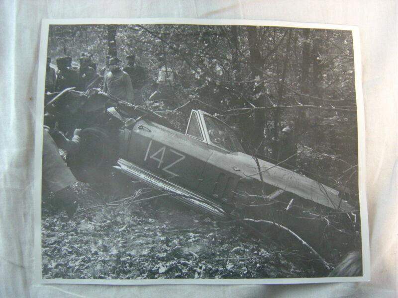 Vintage Photo 1965 1966 Chevrolet Corvette Race Car Wreck 823