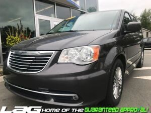 2016 Chrysler Town & Country TOURING Loaded!