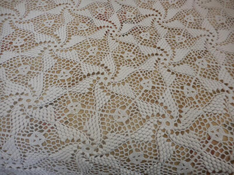 True Vintage Antique hand worked Crochet bed coverlet spread lace heavy XL White