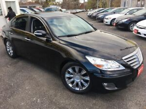 2011 Hyundai Genesis TECH PKG/ NAVI/ REVERSE CAM/ LEATHER/ SUNRO