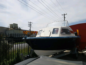 CHEAP FISHING BOAT Roxburgh Park Hume Area Preview