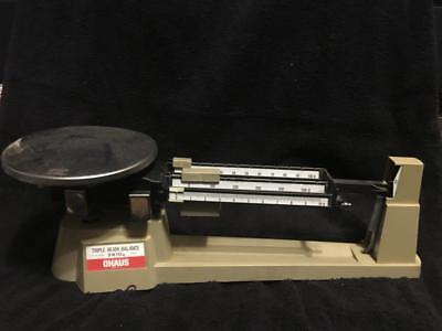 Vintage Ohaus Usa Triple Beam Balance Scale 700 Series 2610g