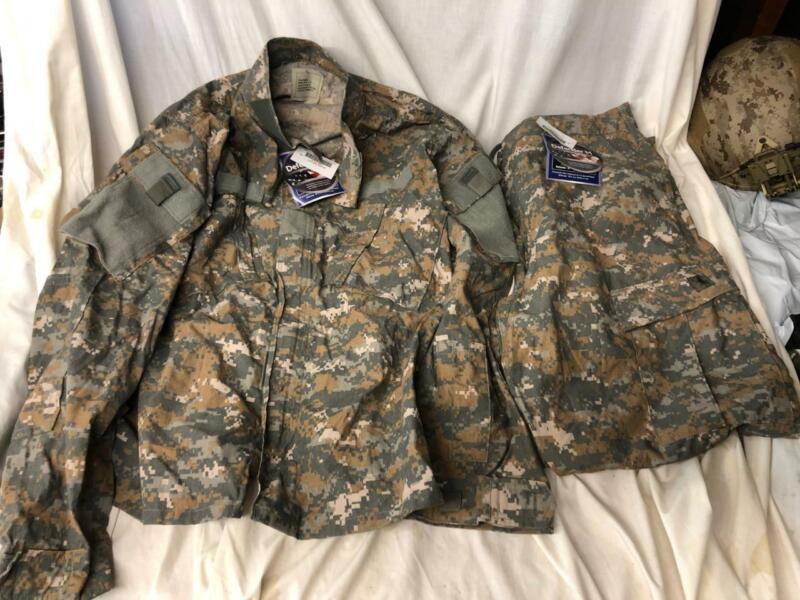 New UCP ACU Delta Experimental Combat Coat and Pants Set - Large