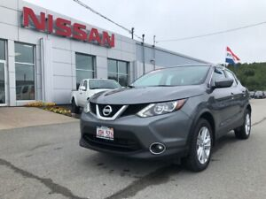 2017 Nissan Qashqai SV Heated Steering Wheel, Heated Seats, SunR