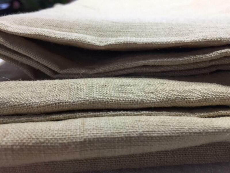 UNUSED VINTAGE FRENCH HEAVY LINEN FABRIC UPHOLSTERY 110 CMS WIDE x 130 CMS LONG