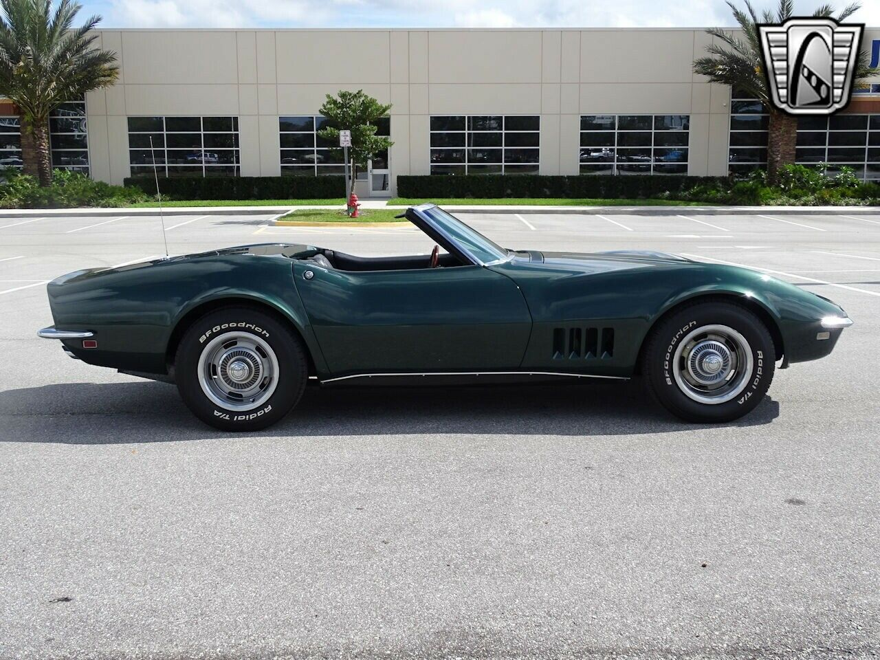 1968 Green Chevrolet Corvette   | C3 Corvette Photo 10