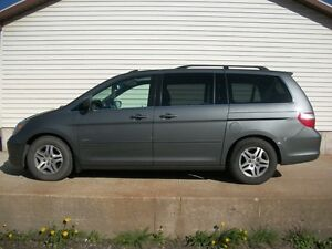 2007 Honda Odyssey TOURING PACKAGE WITH LEATHER