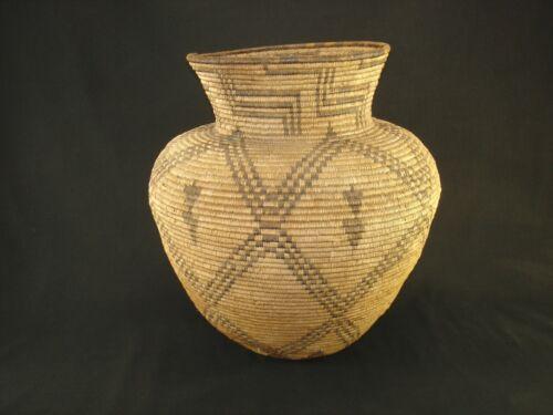 Large Apache olla basket, American Indian Basket, circa: 1920