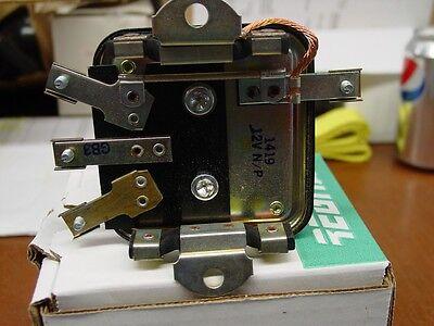 Generator Voltage Regulator Cub Cadets 545130r92 -93 8040-6193 112131 Rvr1419