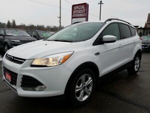 2016 Ford Escape SE HEATED SEATS !!  BLUE TOOTH !!