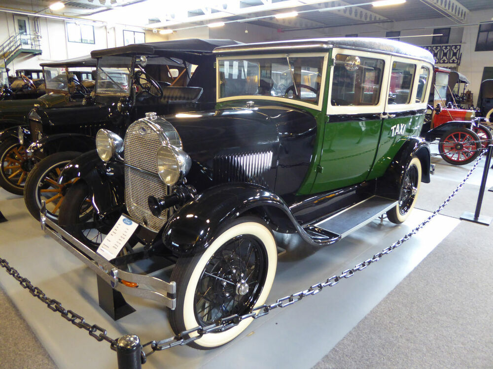 Ford 135 A 1928 Taxi Cab